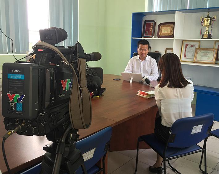 Phóng viên VTV1 phỏng vấn TGĐ Inox Đại Dương