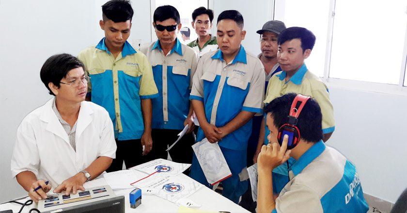 Tổ Chức Khám Sức Khỏe Định Kỳ Cho CB-CNV Inox Đại Dương 2018