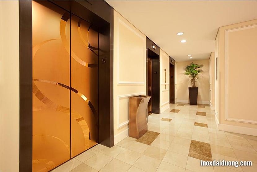 Ứng dụng Inox vàng trong sản xuất thang máy