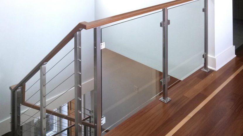 Cầu thang Inox thiết kế hiện đại và độc đáo